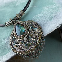 ../gallery/necklaces/20191013-northern-lights-6.jpg